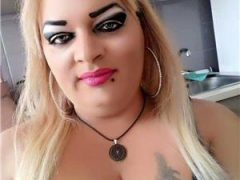 Transexuala blonda ultimele 2 zile in buc